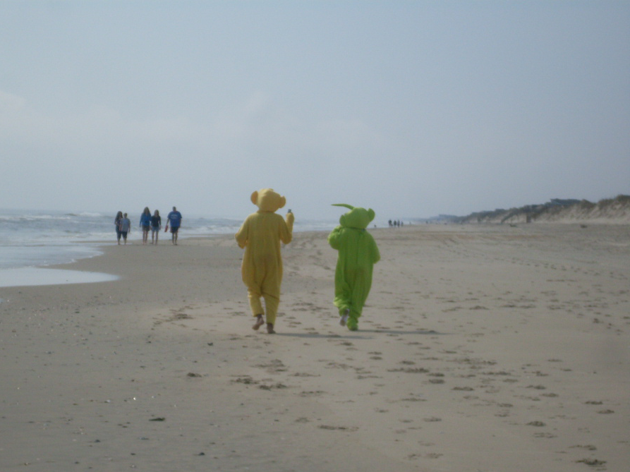 beach teletubbies