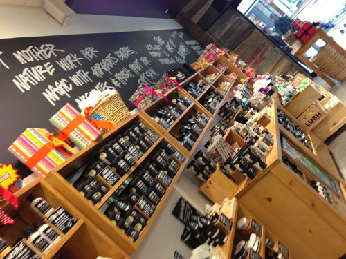MacArthur Center Lush Store